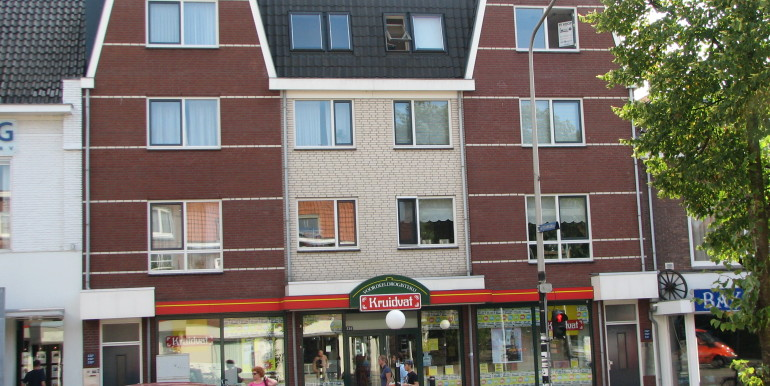 voorzijde-appartement-1